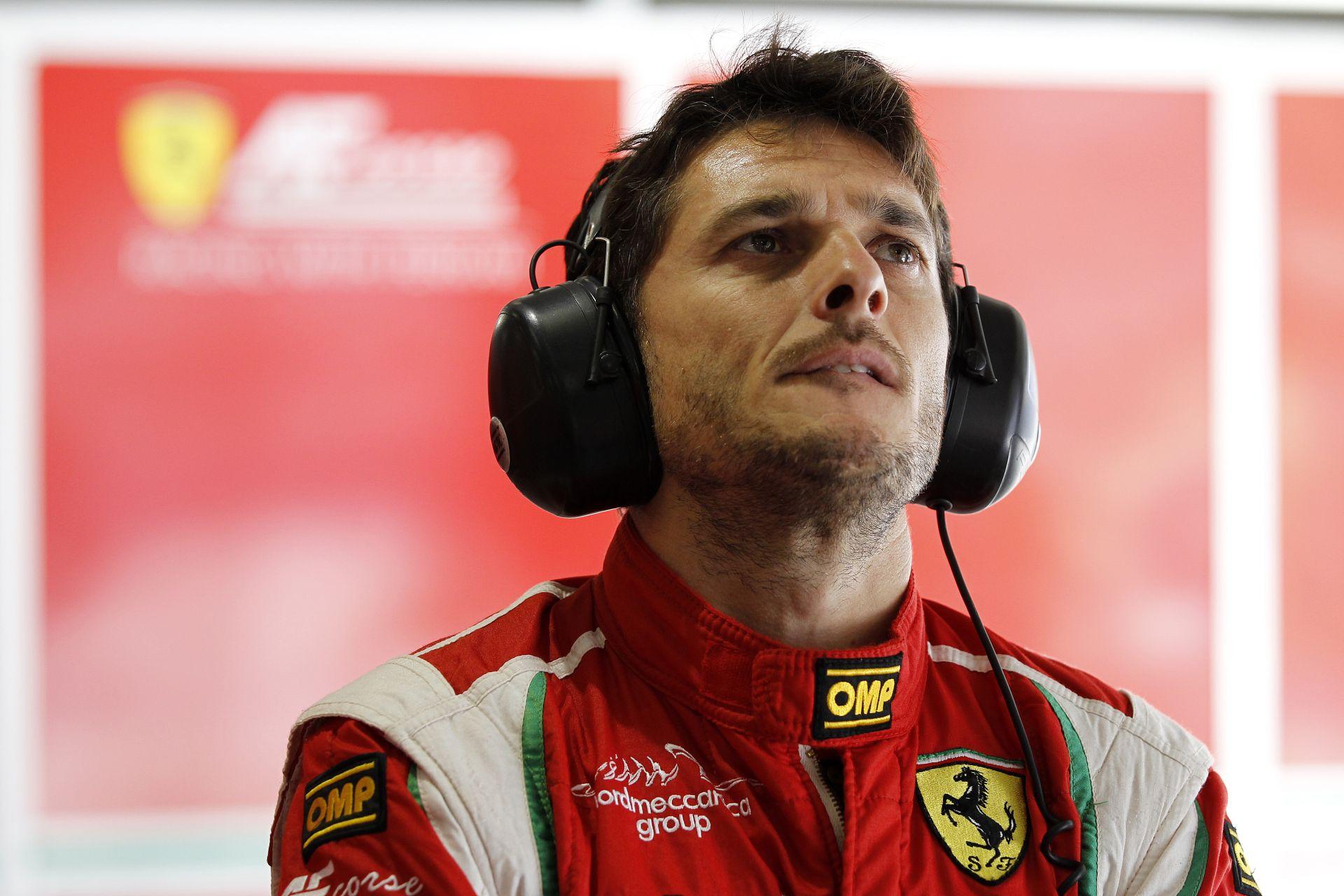 Jégre vitték az F1-es Ferrarit: parádés show a hóban