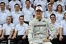 Schumacher végleges búcsúja a Forma-1-től: zászlóval ment körbe Interlagosban