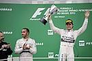 Durva Hamilton-hiszti lesz ebből: ideiglenesen Rosberg lett a jobb pilóta és a kivételezett a Mercedesnél?!