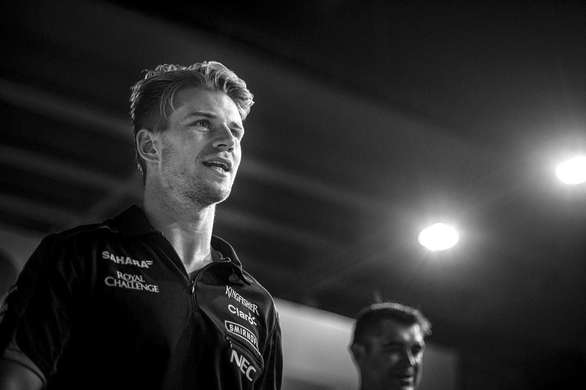 Hülkenberg privát F1-es lakhelye: egy nagyon drága luxus lakóautó