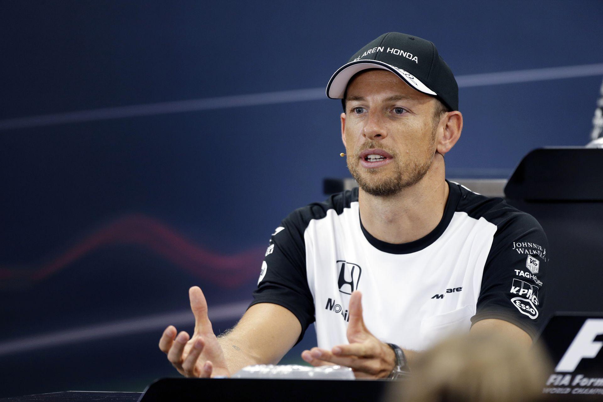 Hiába lett Button 13. a McLaren-Hondával, vért fog izzadni vasárnap
