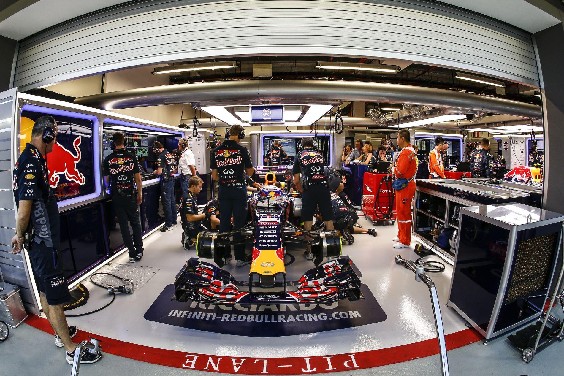 A Red Bull joggal követel magának korrekt erőforrást, nem second hand darabot