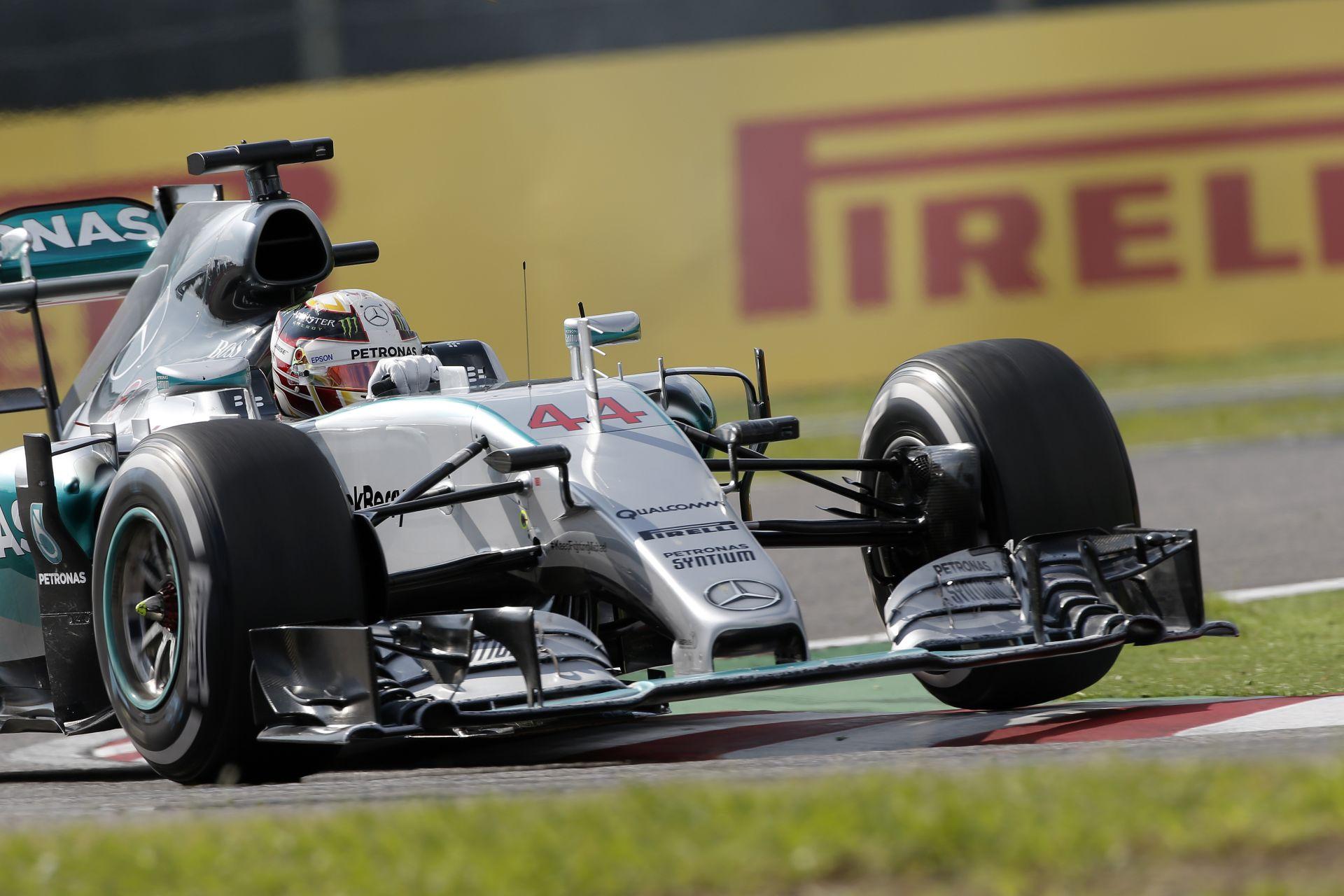 Kiderült, Rosberg miért startolt ilyen gyengén Japánban, miközben Hamilton majdnem kiesett Suzukában