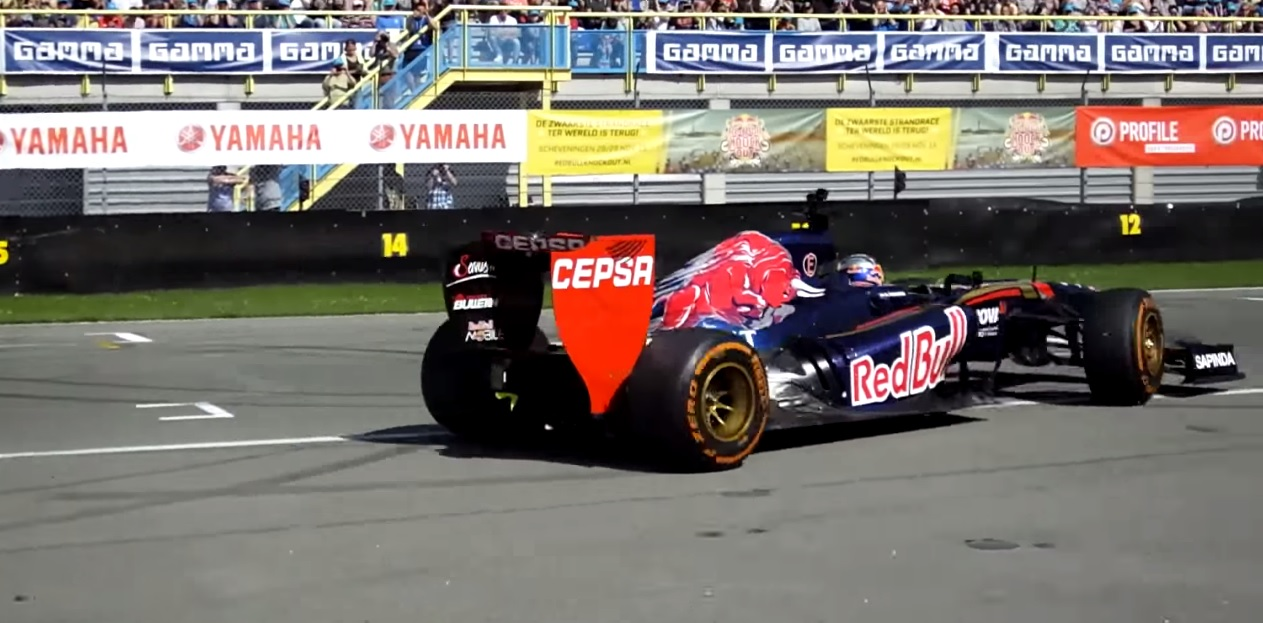 Verstappen a nagy szünetben is F1-es autót vezet: Assenben tekergett az elmúlt hétvégén