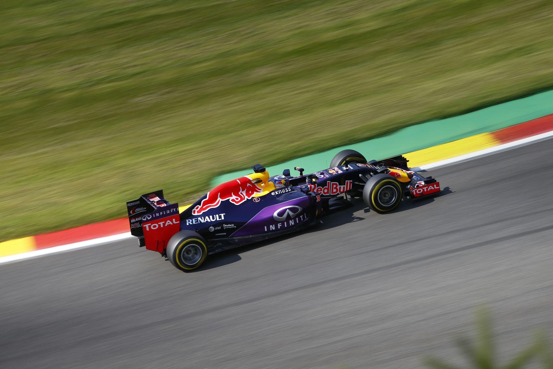Ricciardo: Az ötödik rajthely már megvan - talán holnap jöhet a győzelem Spában!