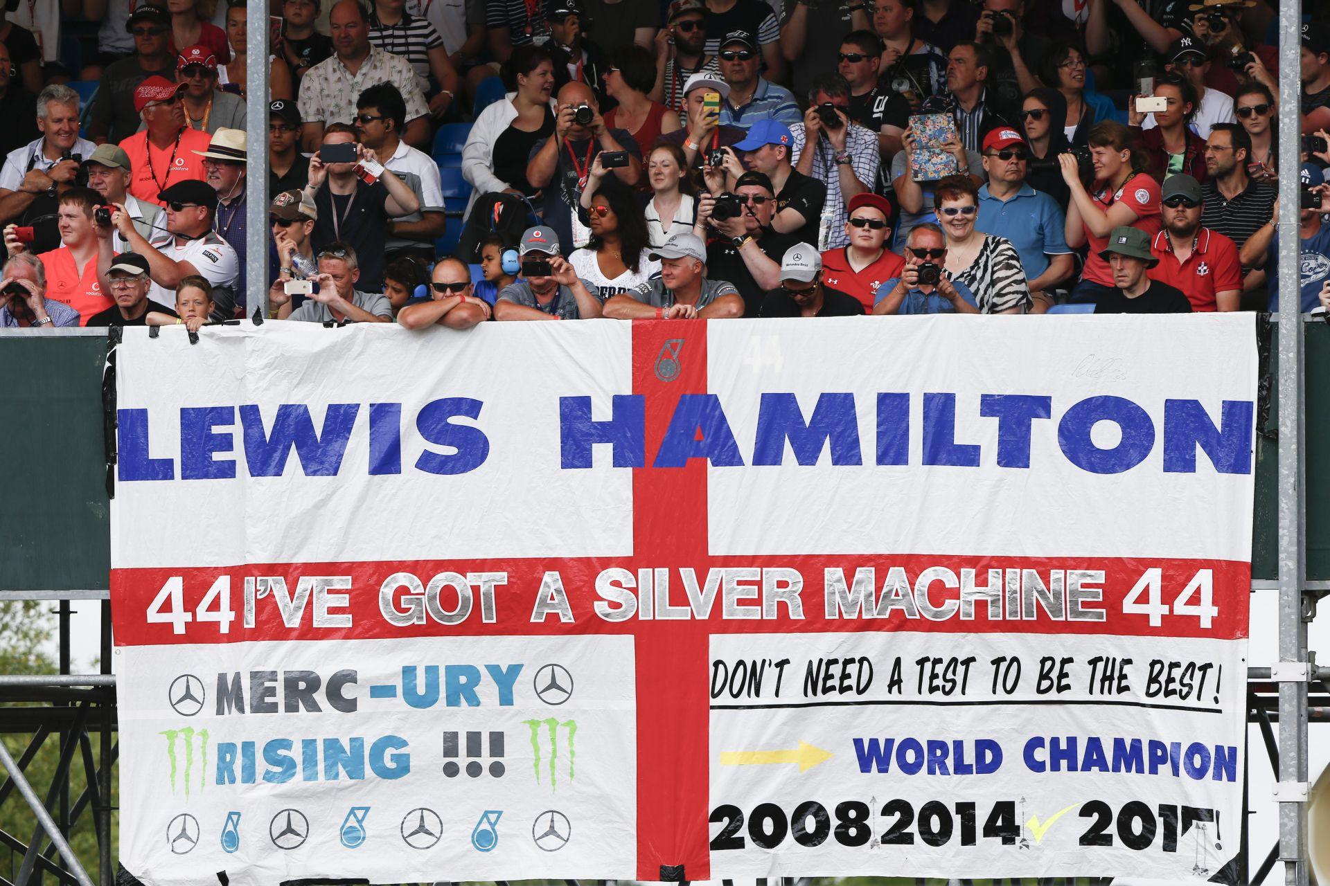 Teljes egészében a 2015-ös Brit Nagydíj időmérő edzése Silverstone-ból