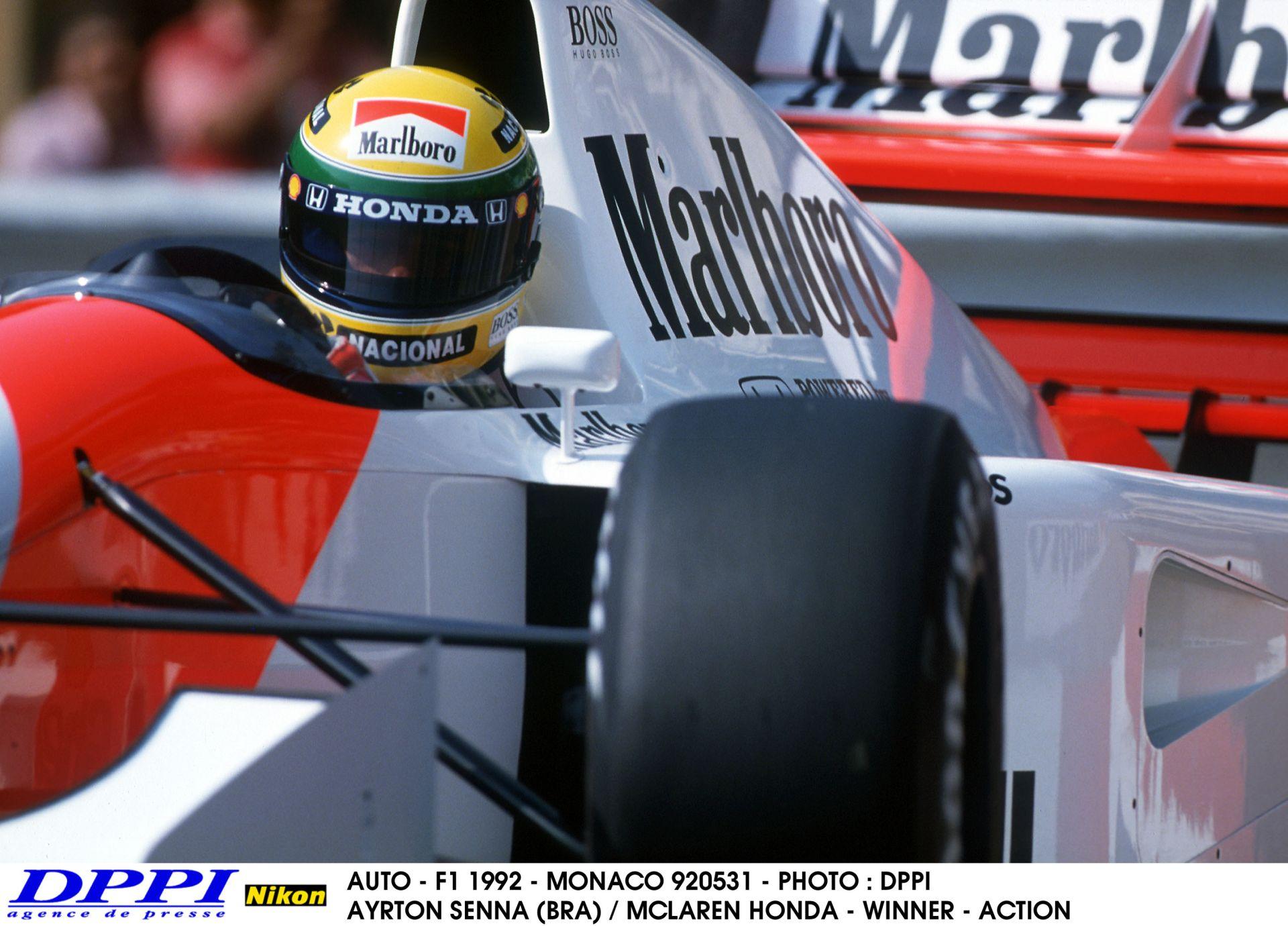 Ezzel a videóval hangolj a Brazil Nagydíjra: Senna S-kanyarkombináció 1990 és 2014 között
