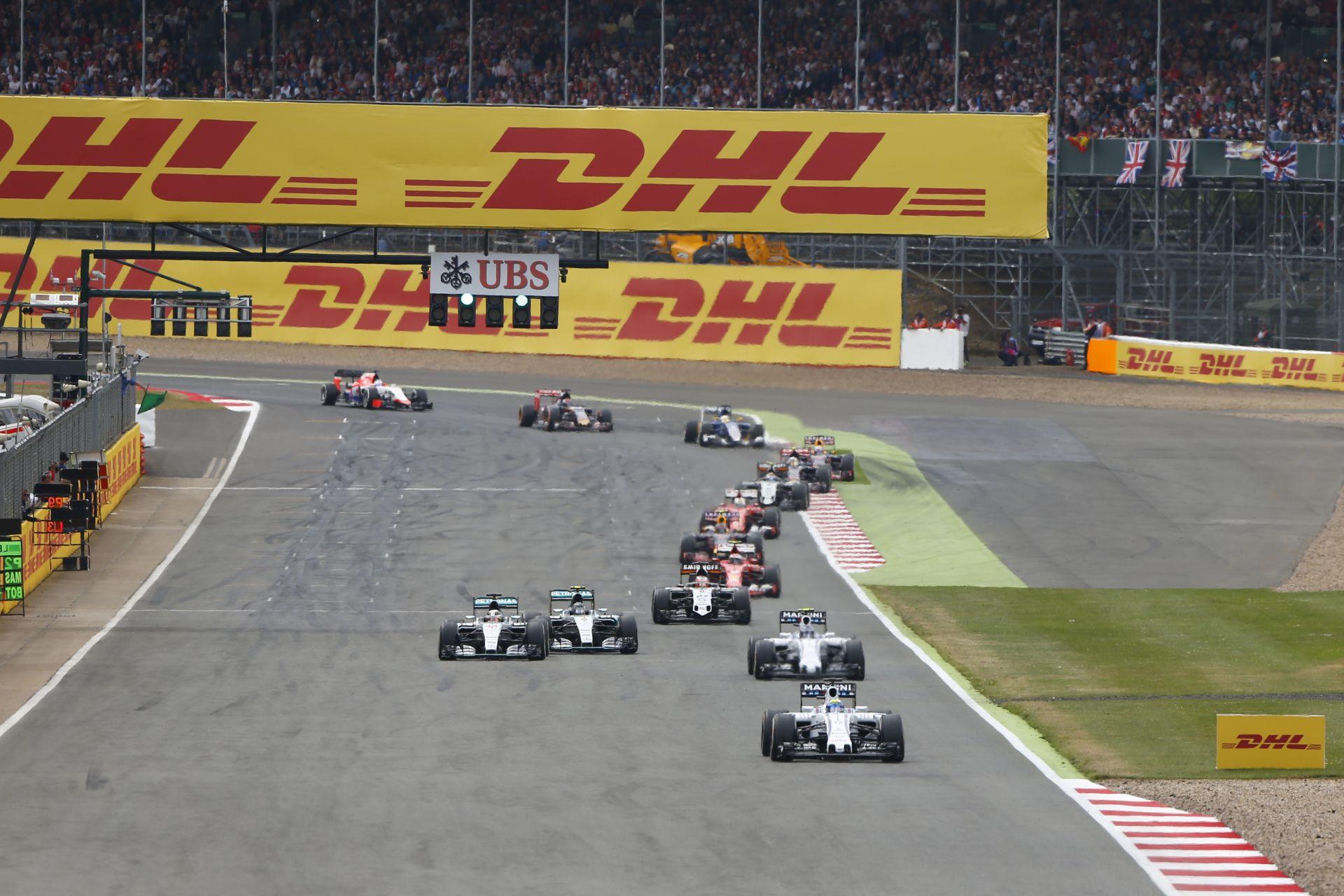 Valóra válhat az álom: Alonso, Vettel és Hamilton ugyanolyan autóban csap össze?!