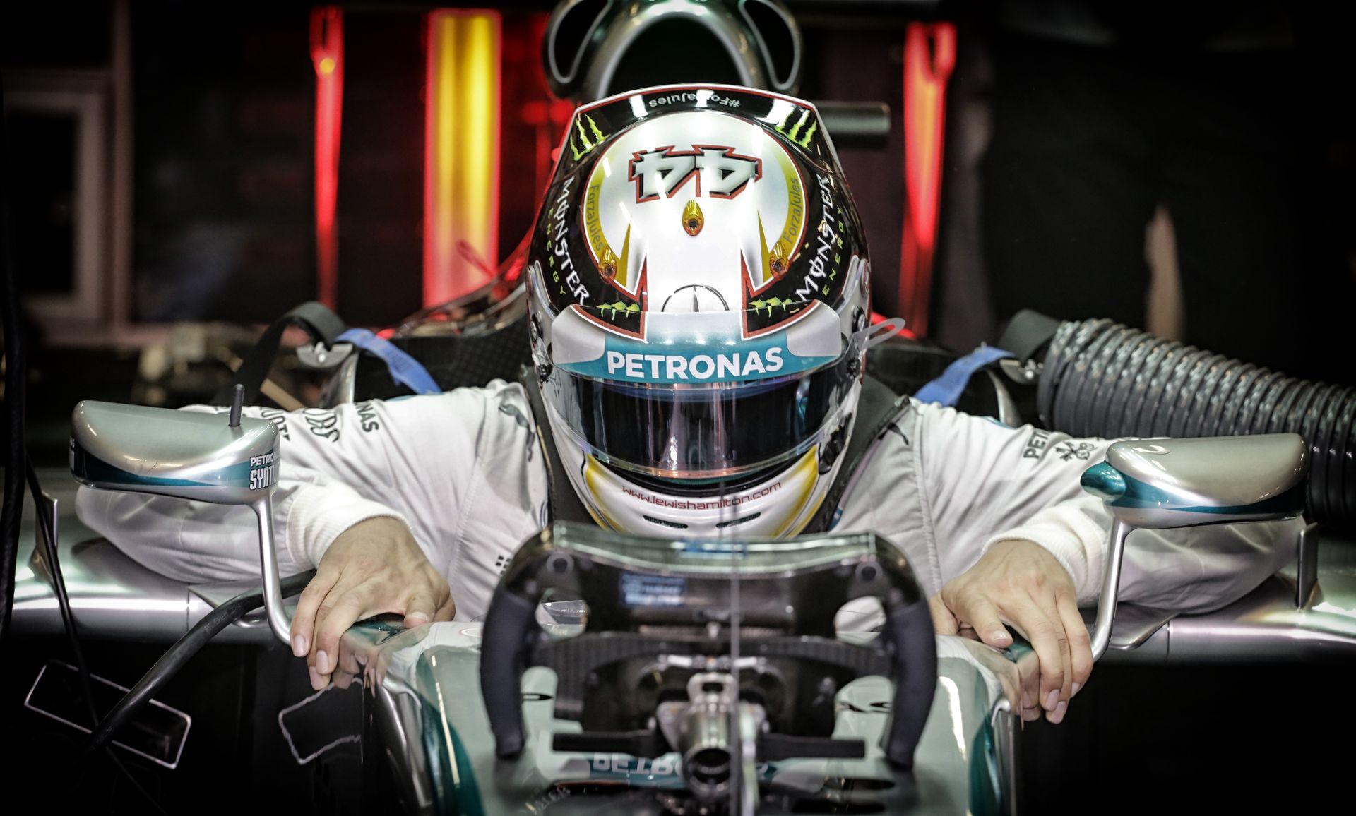 Hamilton kényelmesen fog aludni az éjjel, addig Rosberg imákat mond