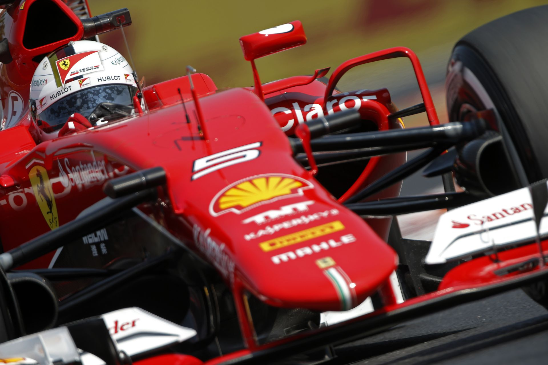 Ez nem Vettel napja volt a Hungaroringen a Ferrarival