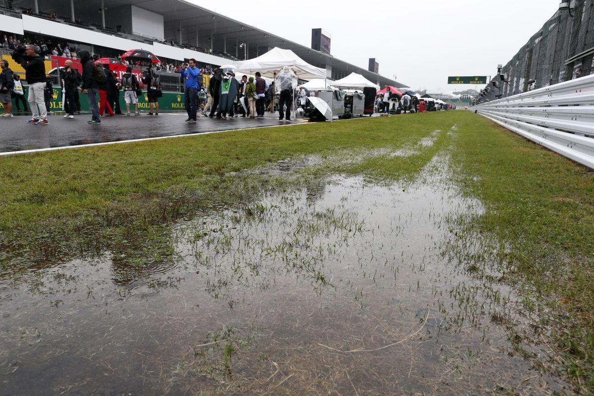 Az FIA kétszer is előbbre akarta hozni a futamot Suzukában, erre mégsem került sor
