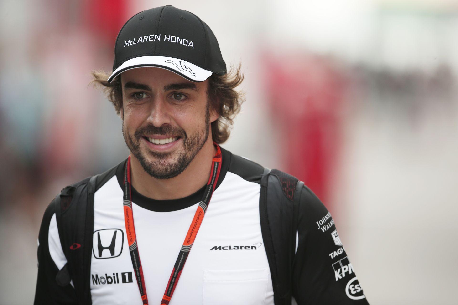 Alonso: Ha tolom az autót, akkor miért nem mehetek vele vissza a pályára?