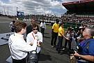 A Red Bull rácsapta az ajtót Alonsóra, aki kilépési záradékot kér a McLarentől