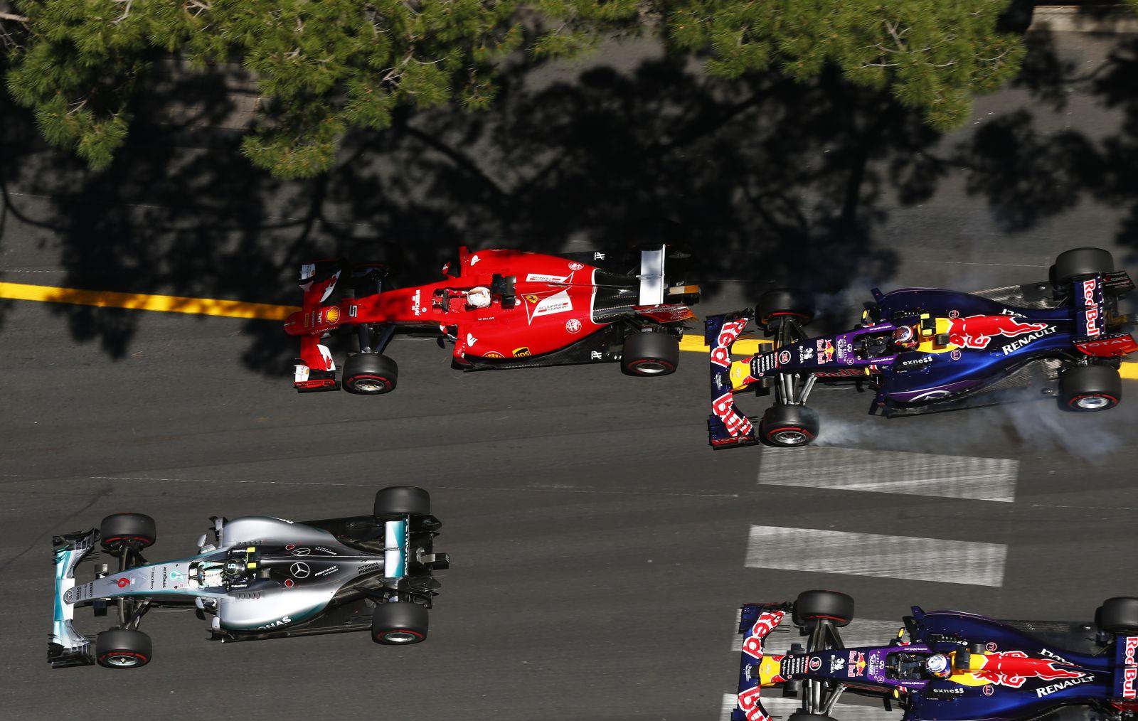 Ricciardo biztosan nem lesz Raikkonen utódja, ha a finn távozik a Ferraritól