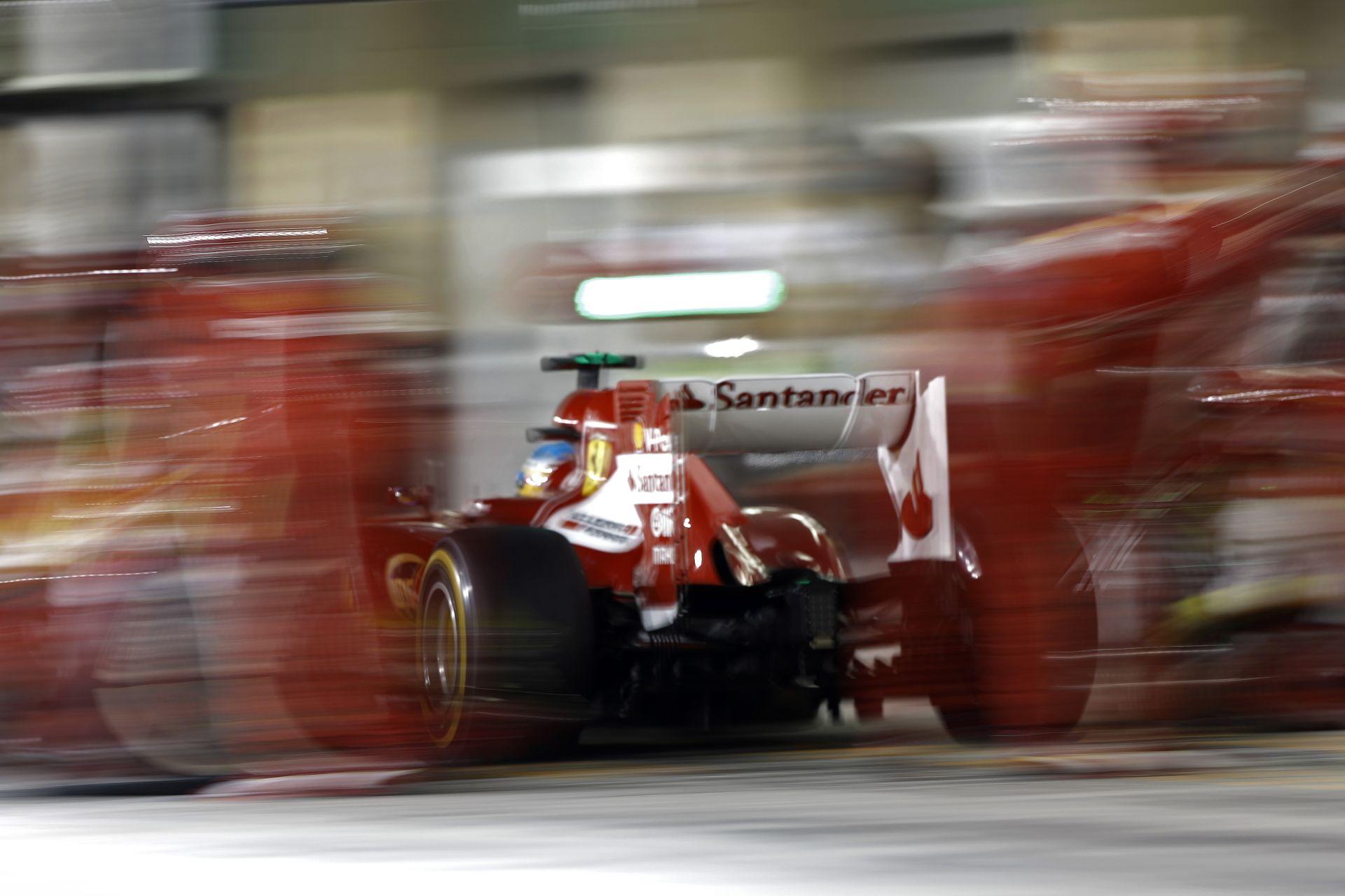 Red Bull: Nem engedjük, hogy Vettel a Ferrarival teszteljen!