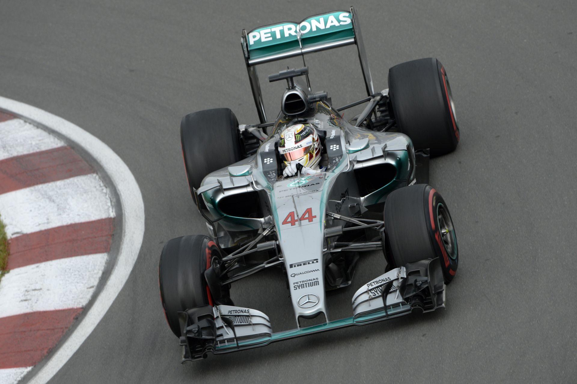Hamilton-parádé Kanadában! Rosberg a második, Raikkönen a harmadik az időmérőn! Vettel azonnal kiesett!