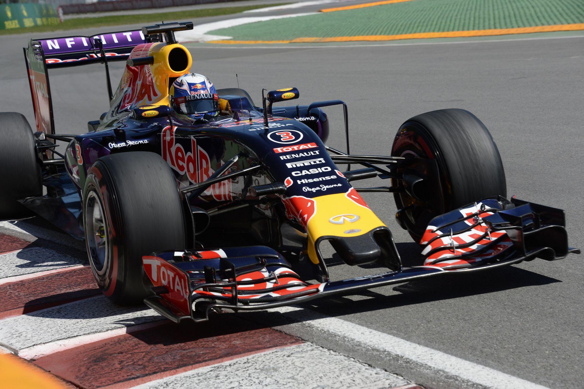 Ricciardo inkább nevet, mert egyébként csak sírni tudna Montrealban