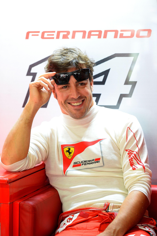 Alonso: Nem igaz, hogy Ron Dennis felhívott volna a McLarentől!