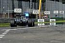Hivatalos: Rosberg nem kap 5 helyes rajtbüntetést
