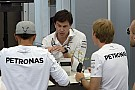 A Mercedes tudta előre, hogy Hamilton és Rosberg egymásnak fog esni