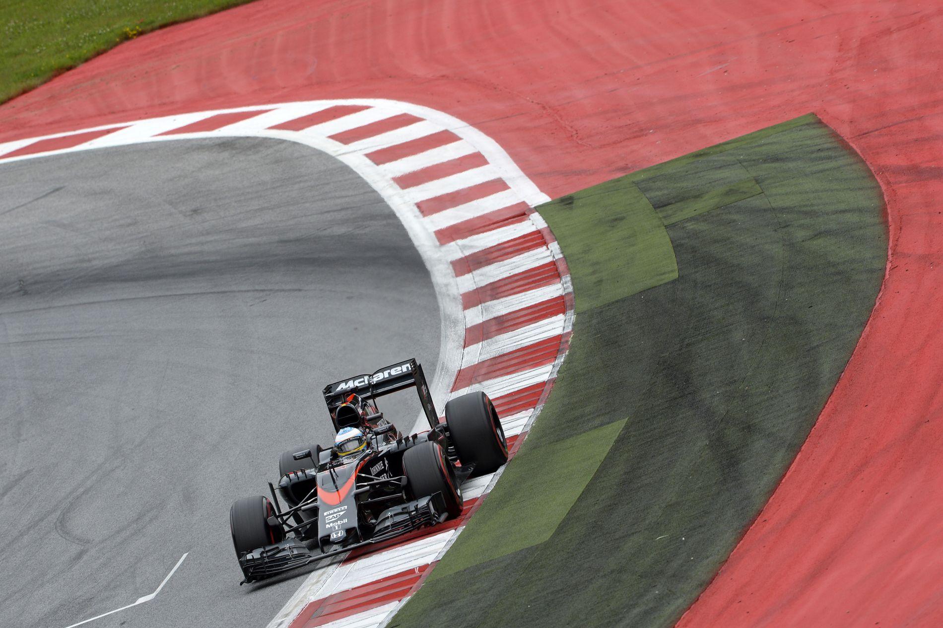 Vicces, de nagyon fontos teszt jönne a McLarennek: most vannak február végén