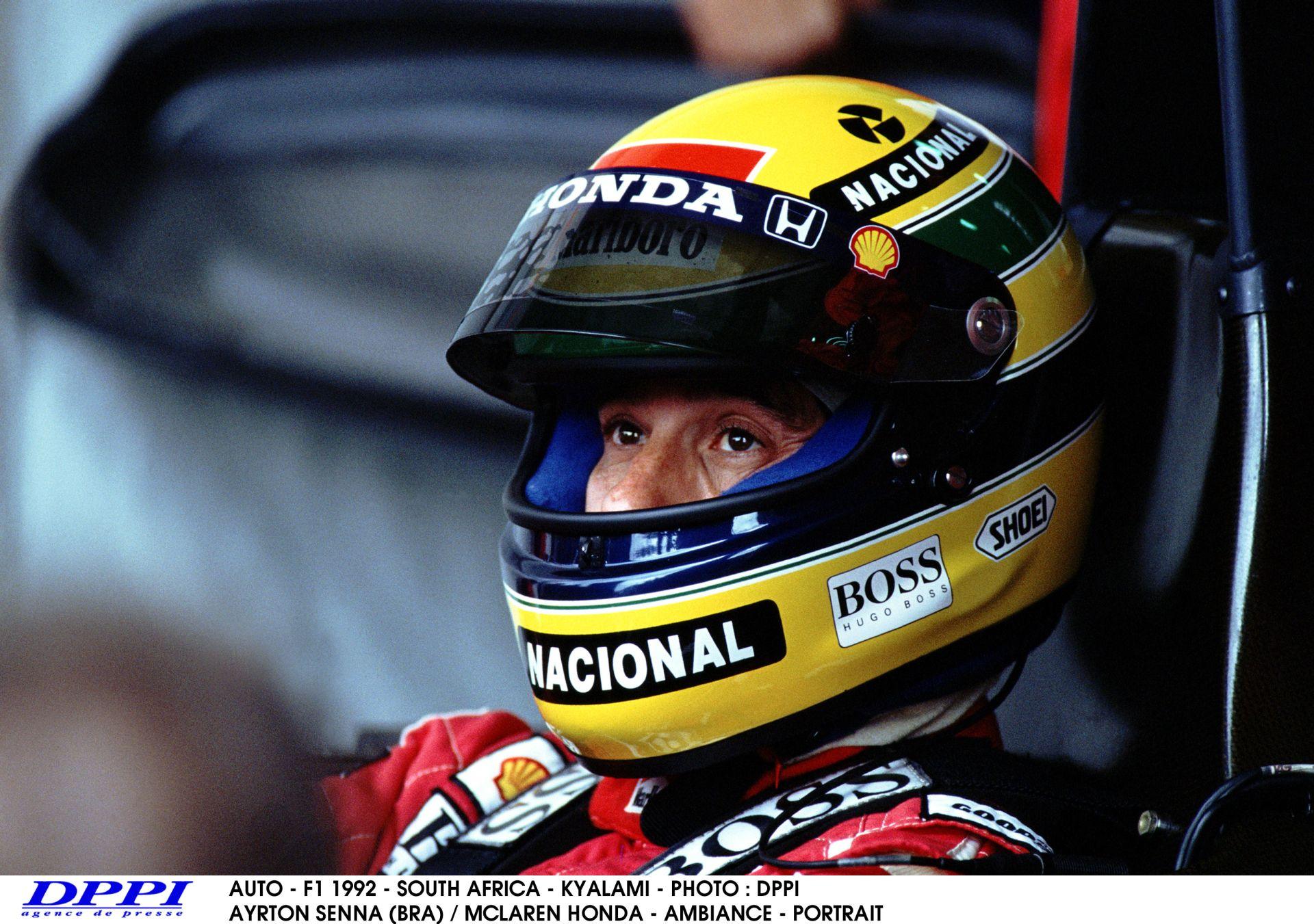 Ma 21 éve, hogy elhagyott bennünket Ayrton Senna: Minden idők legjobb F1-es versenyzője!