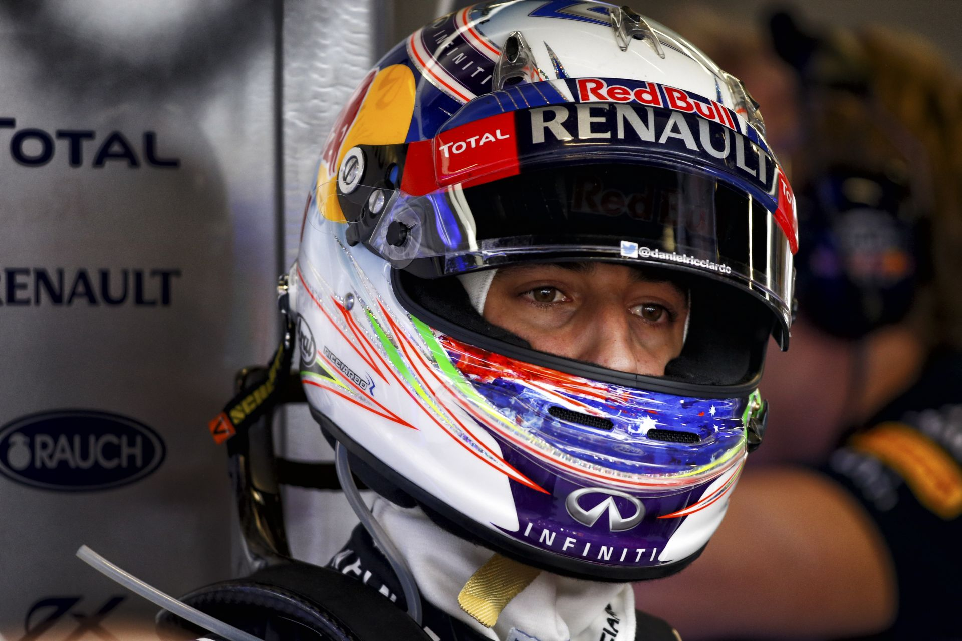 Ricciardo elhagyhatja a süllyedő hajót?