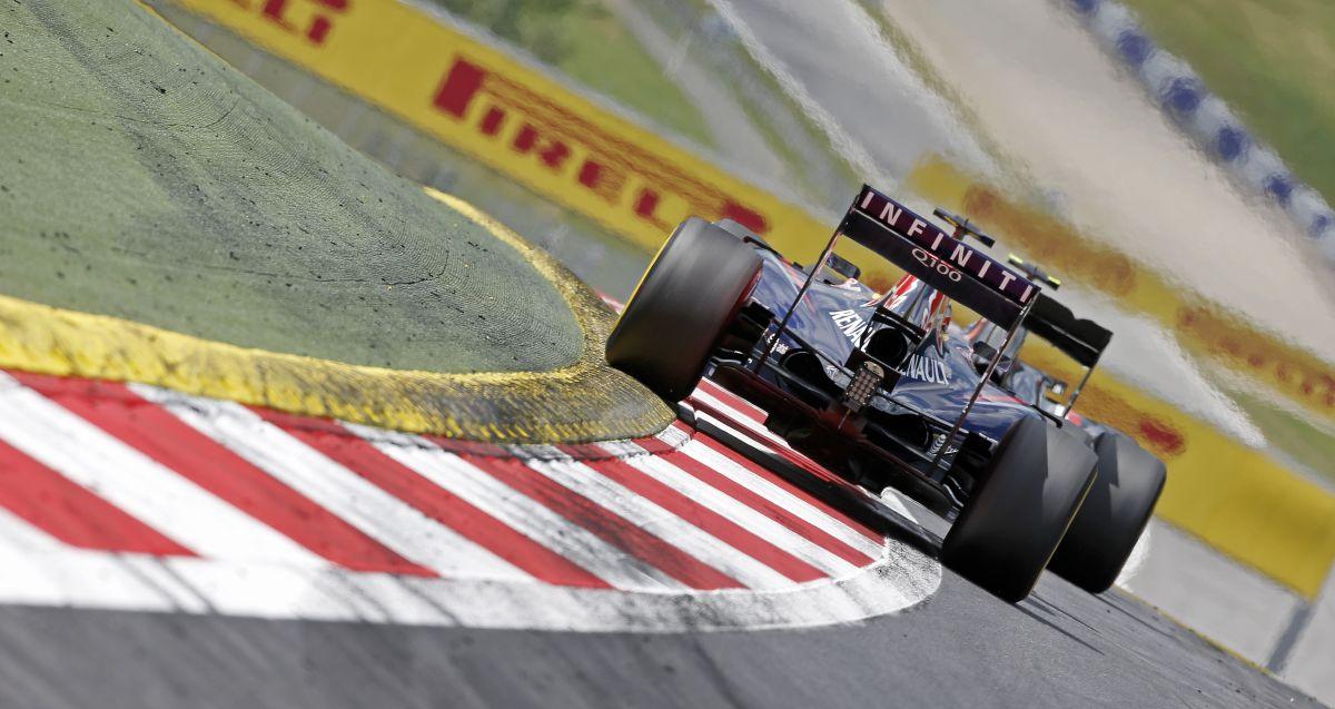 A Red Bull legalább a második legjobb csapat: Vettel jövőre a tavalyi autót akarja