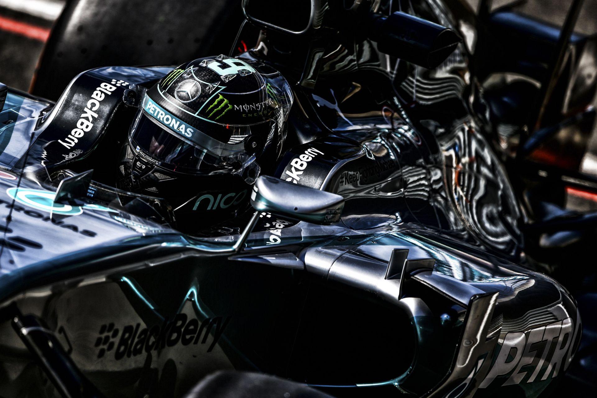 Rosberg rajtelsőségét érő köre Silverstone-ból: Hamilton simán elengedte