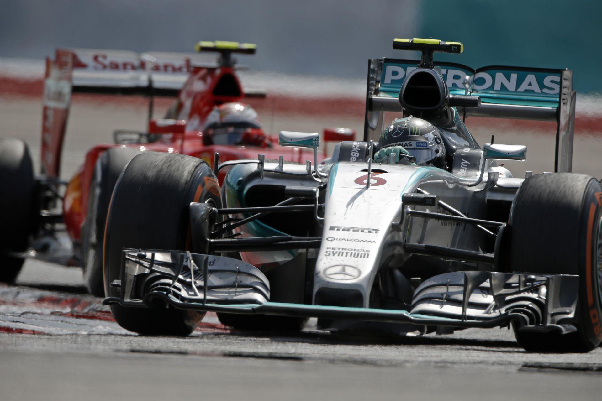 A Mercedes reagált a Ferrari győzelmére