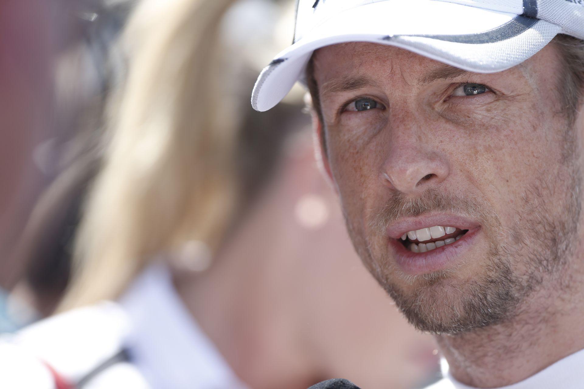 Button: Hamilton azt hitte, el fogom engedni…