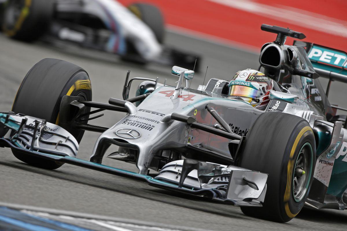 A Ferrari és a Red Bull is fontolóra vette, hogy óvást nyújtson be a Mercedes ellen