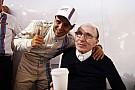 Ma 73 éves Sir Frank Williams: Egy igazi legenda a Forma-1-ben