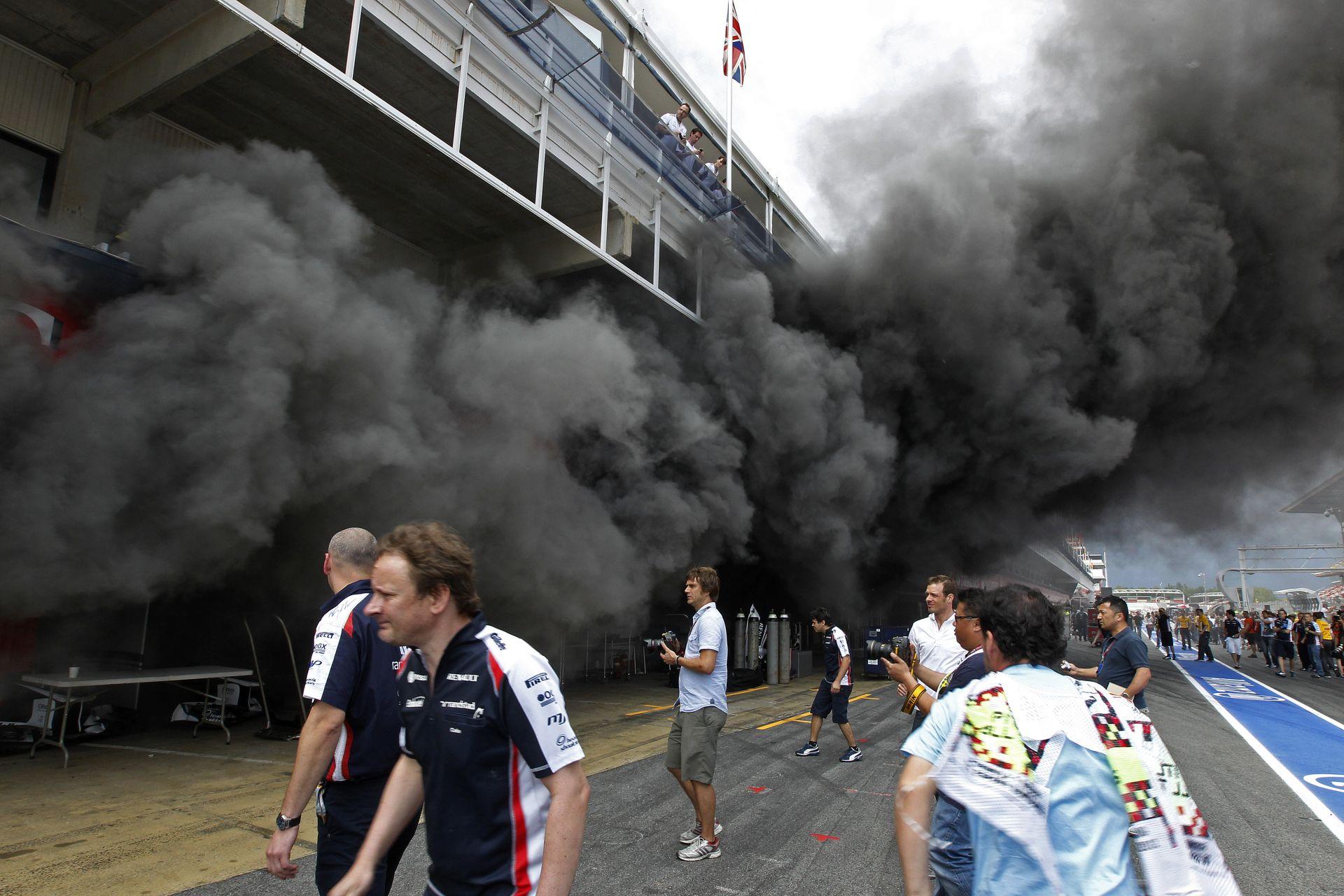Nem akarnak porig égő garázsokat: új tűzvédelmi rendszer az F1-ben