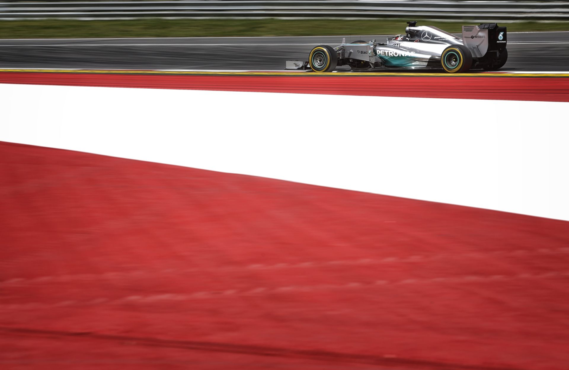 Lauda: Nem kell aggódni Hamilton miatt!