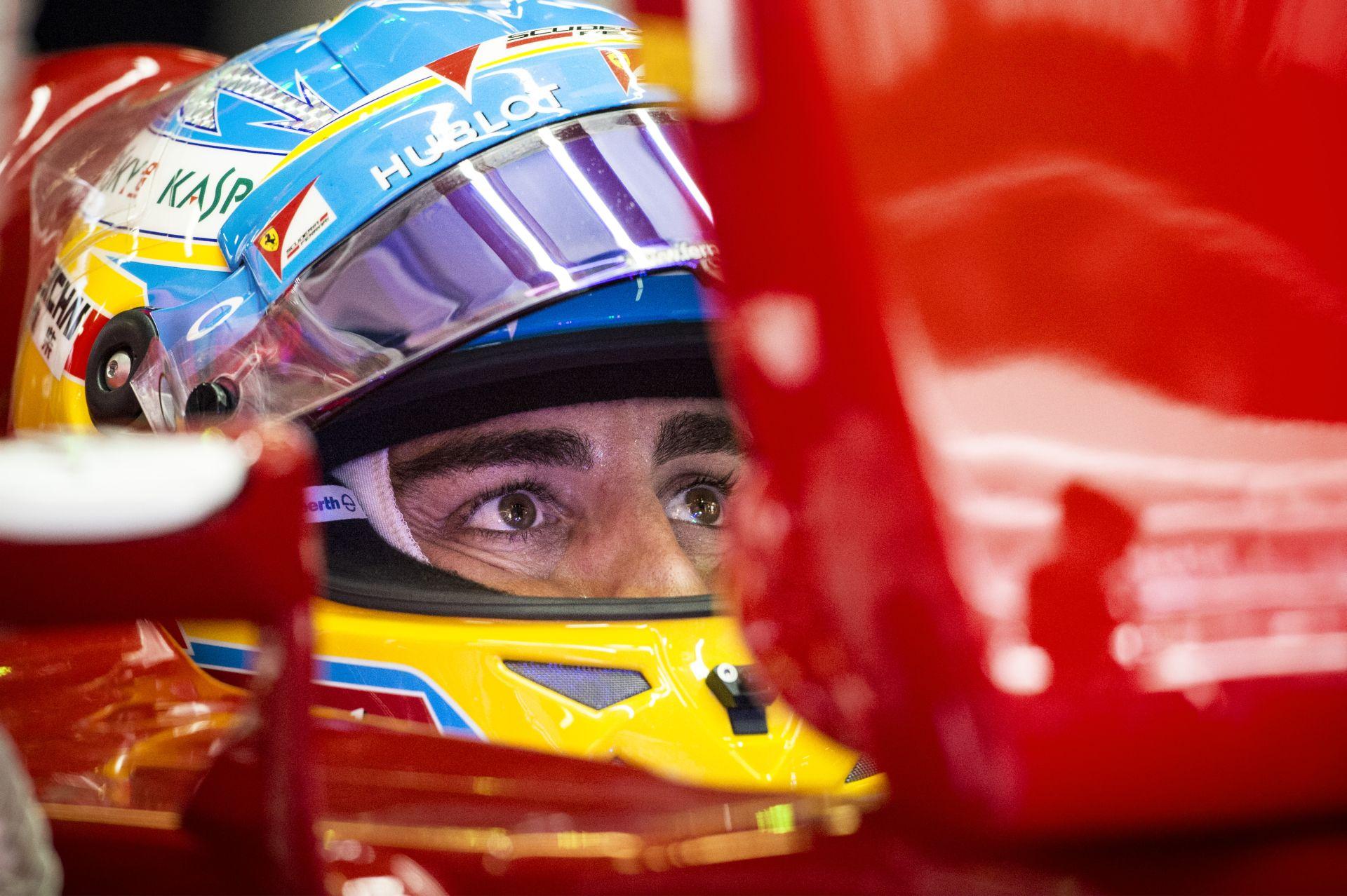 Alonso tudja, hogy nagyon gyenge a Ferrari, de örül annak, hogy Räikkönen előtt van