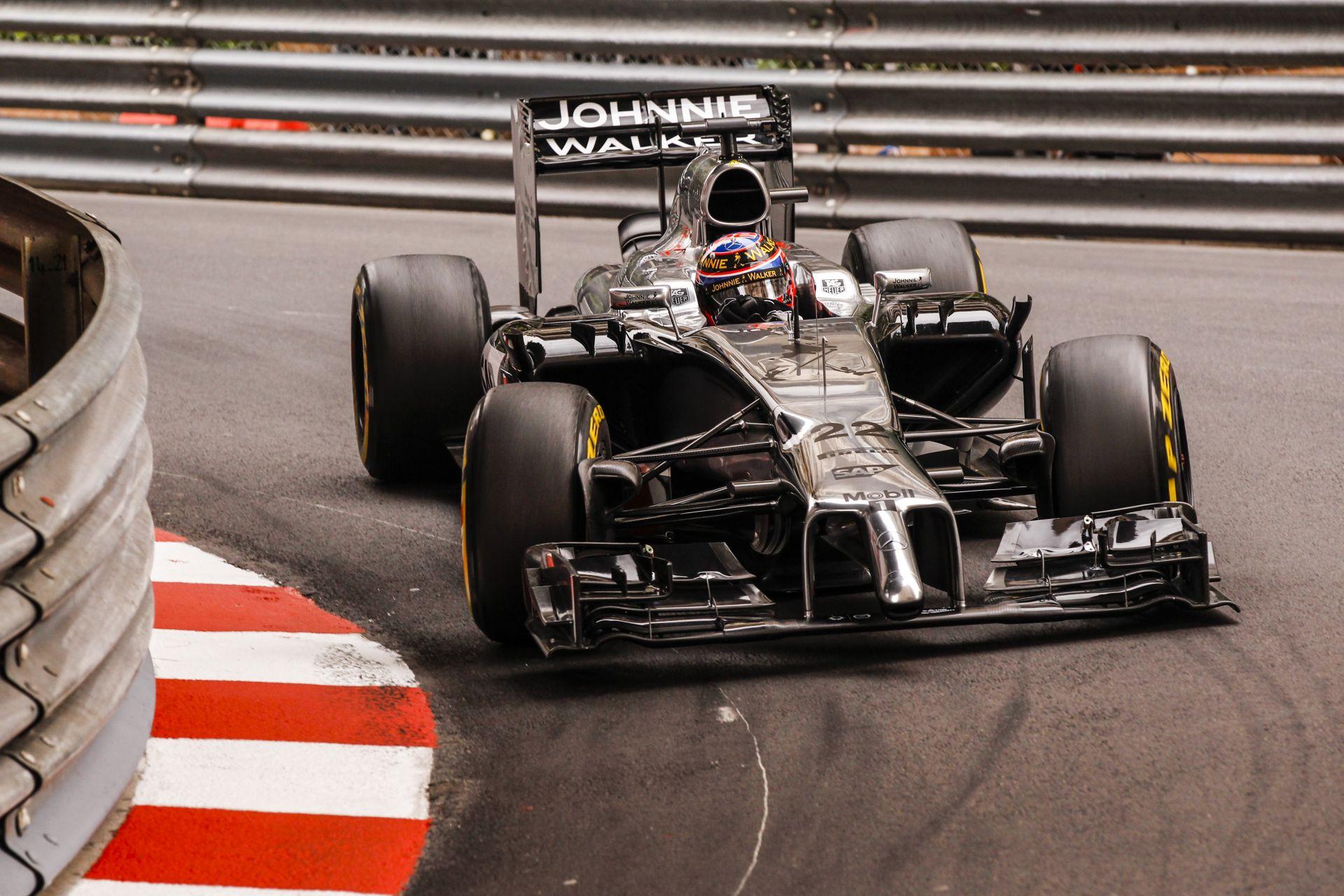 Button csalódott a monacói időmérő után: Magnussen jobb volt
