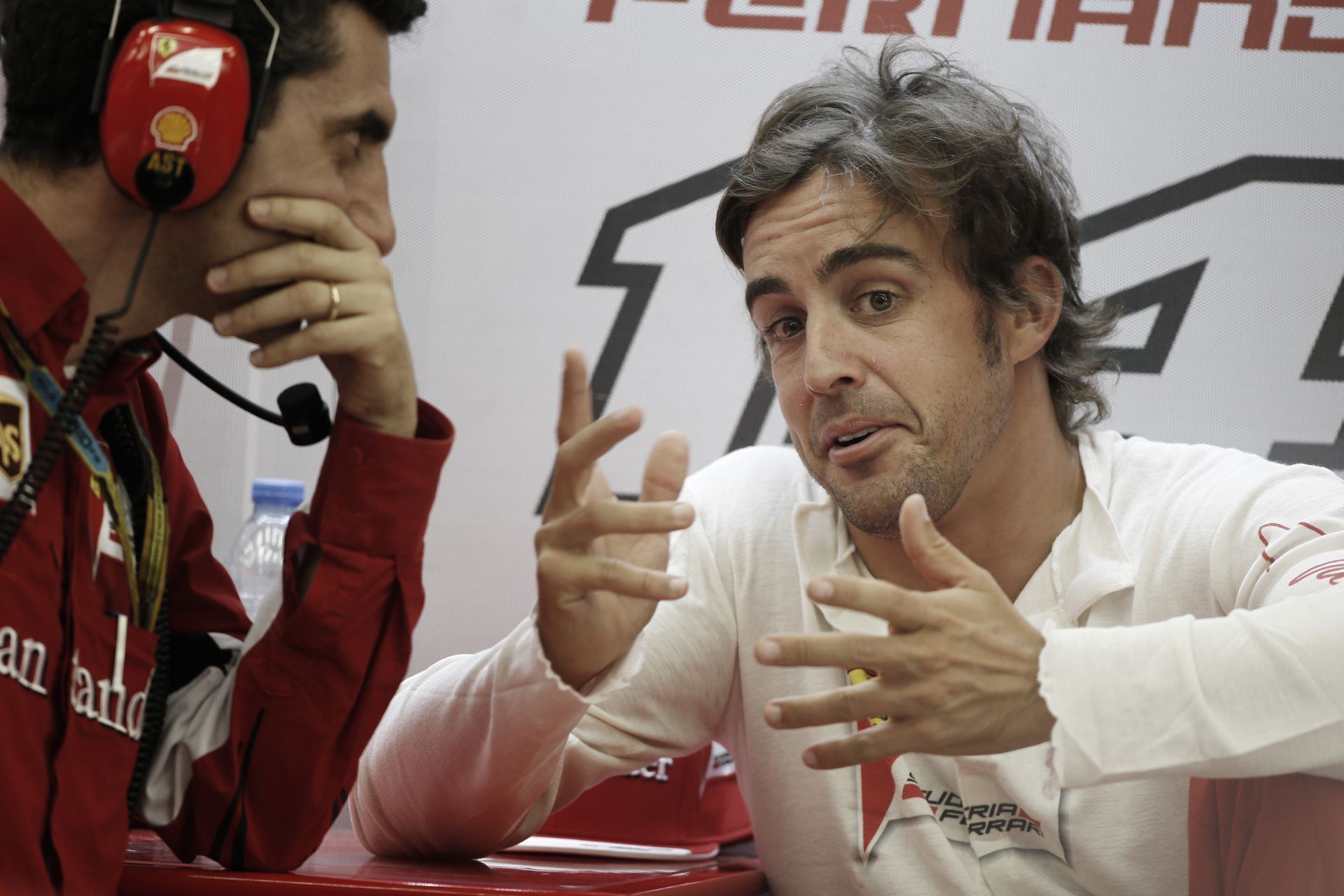 Alonso: Vettelnek eddig sok szerencséje volt, és nem hiszem, hogy a Red Bullhoz kellett volna szerződnöm