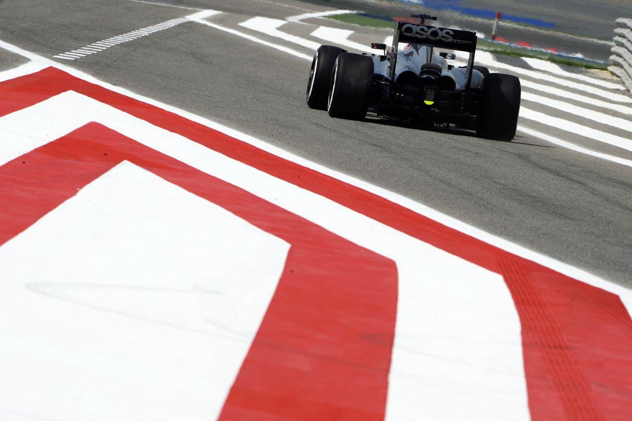 Nem nagy az öröm a McLarennél: talán a verseny reményt jelenthet Bahreinben