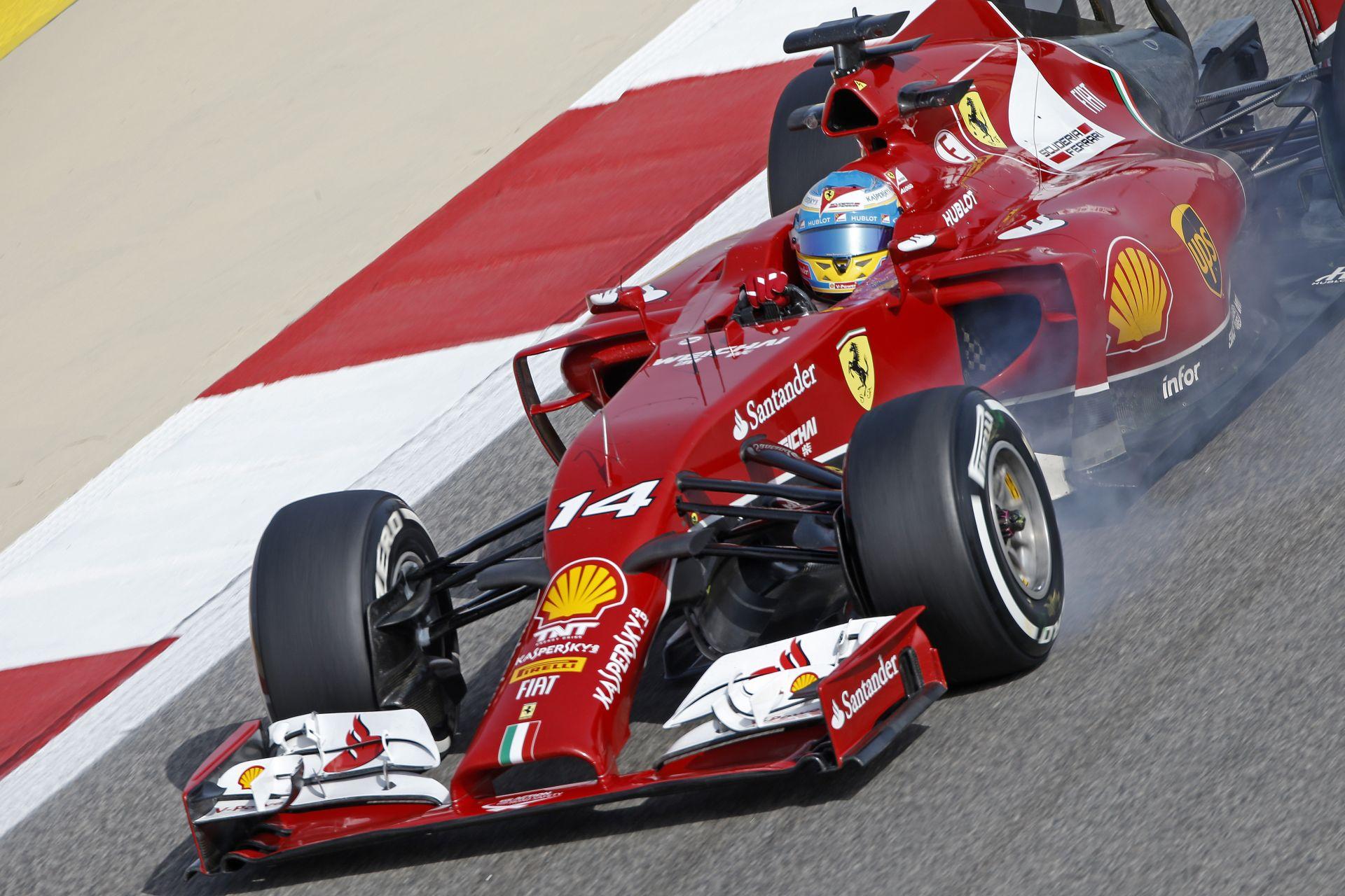 Újabb rossz hír a Ferrari számára: Idő előtt véget ért Alonso tesztnapja Bahreinben