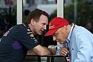 Lauda maga fizetett a békítő tortáért: a Red Bullnál örültek a gesztusnak