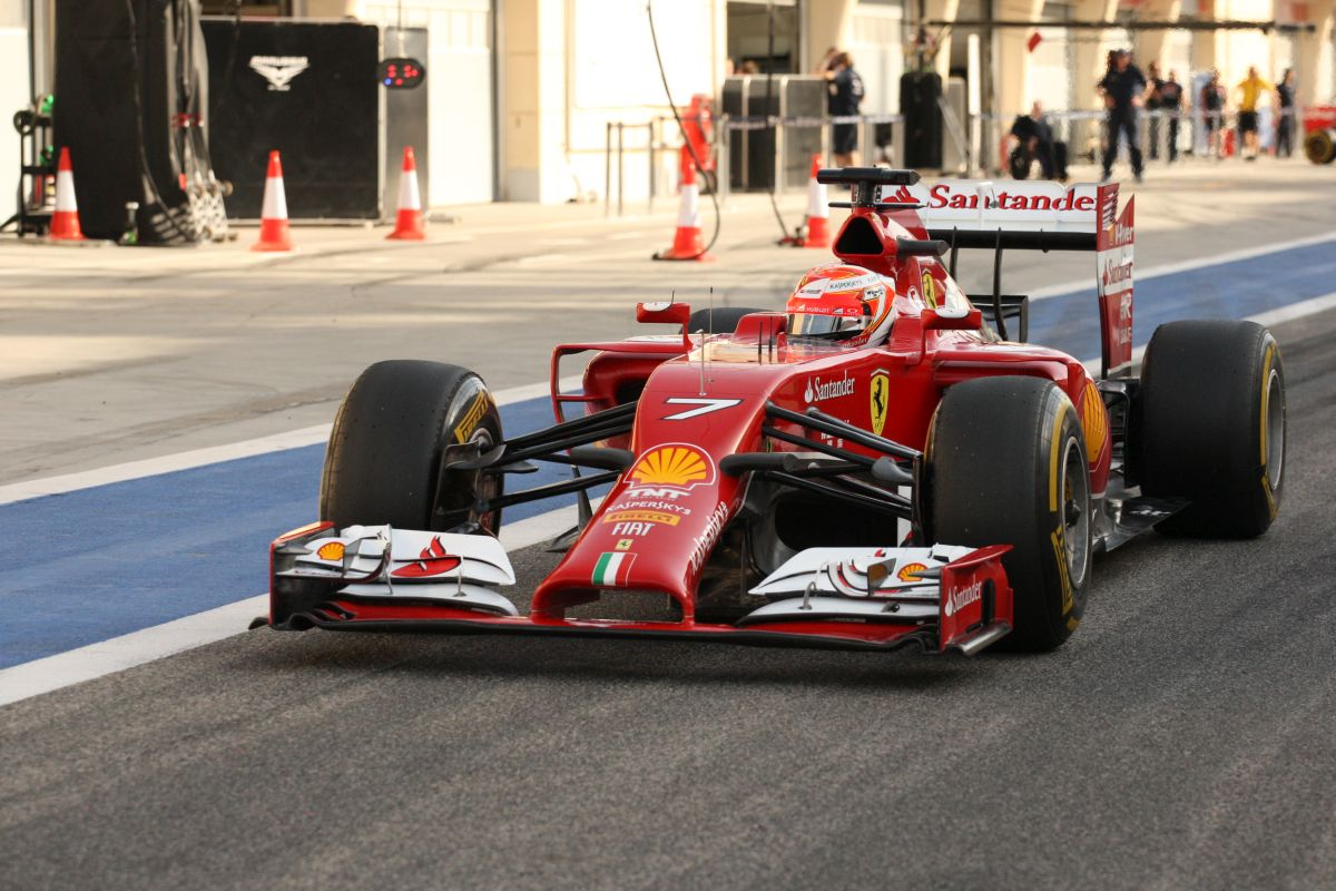 Raikkönen már délután ötkor hazamegy: miért foglalkozzon Alonso estig az adatelemzéssel?