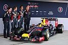 Videón a Red Bull bemutatója: Megérkezett az RB10