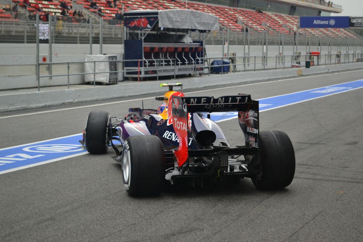 Bojkottra készül a Ferrari és a Red Bull: saját tesztet akarnak?