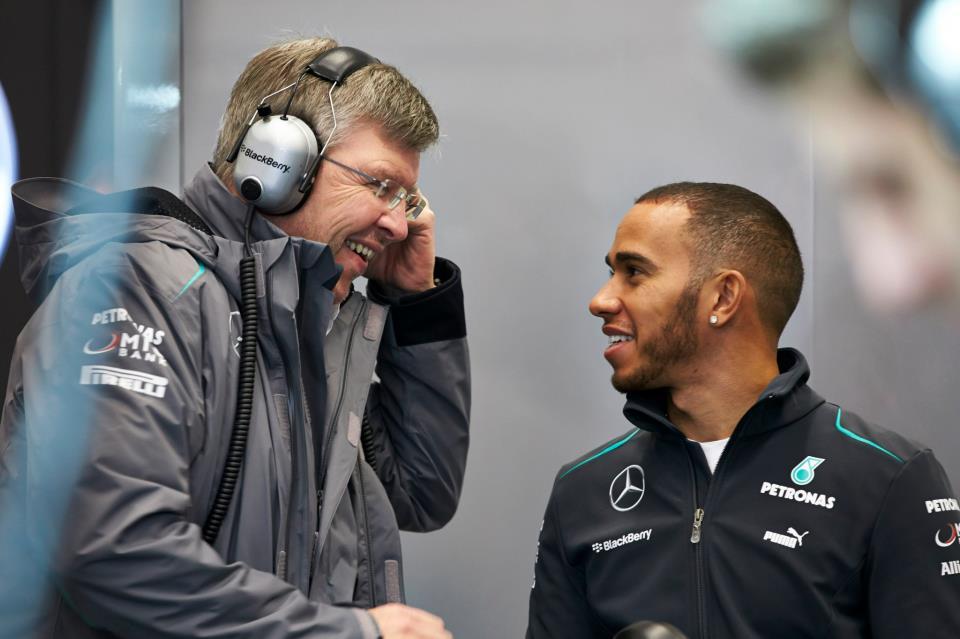 Egy körön rendben van a Mercedes, jöhet a versenytempó