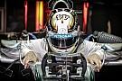 Jól néz ki az új Mercedes: Hamilton még csak látta az autót, ki tudja, mire képes a W06