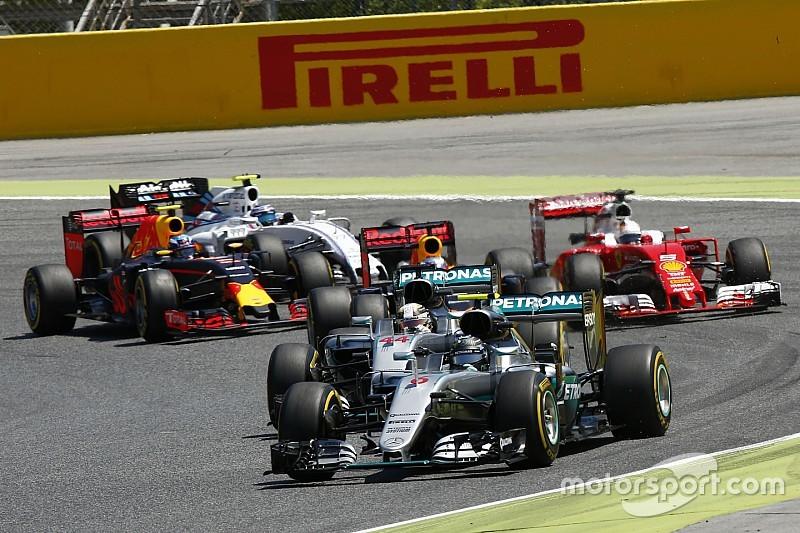 Analyse: Waarom Mercedes zich niet druk maakt over rivaliteit Hamilton/Rosberg