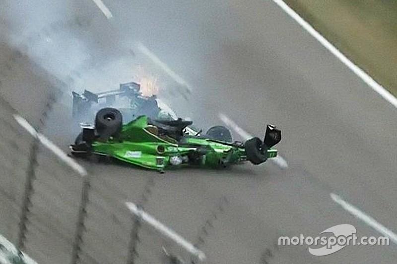 IndyCar Texas: Enorme crash voor Newgarden en Daly