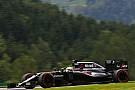 Alonso gefrustreerd na kinderlijke fout van McLaren