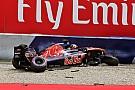 Kvyat saldrá desde el pit lane con un nuevo chasis